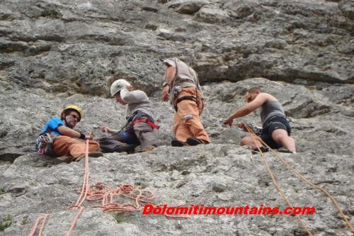 climbing school on the wall
