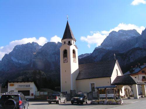 la chiesa parrocchiale di sappada
