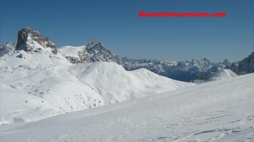 ski-tour.jpg